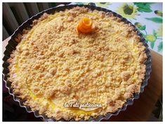 Sbriciolata con nocciole, mele e crema all'arancia