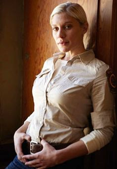 Katee Sackhoff as Vic Moretti—What do you think of Katee in Longmire?