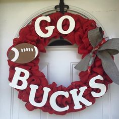 Ohio State Buckeyes Football Wreath by PaulasDoorCreations on Etsy… Buckeyes Football, Ohio State Football, Ohio State University, Ohio State Buckeyes, Oklahoma Sooners, American Football, College Football, Football Shoes, Buckeye Crafts