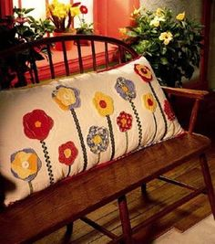 Country quilted flower pillow--could altar it to match the sunflowers I already have