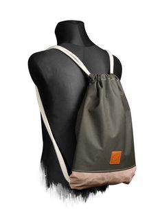 M13 Online Shop Dazzle Wood Sports Bag -  One Size fits All / Sonderanfertigung auf Anfrage 100% Echt-Leder Veredelung(Badge) Maße: ca. 48x35x3cm reißfeste / strapazierfähige Baumwollkordeln mit Polyestersehne im Kern passende Kopfhörer Öse(Messing) im Rücken 10mm Baumwollkordeln (Extra Weich) für angenehmen Tragekomfort