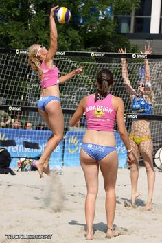Hot girls and sports : all the sports, all type of babes, all situations of sport and Kim Cattrall, Beach Volleyball, Female Athletes, Sports Women, Female Bodies, Gymnastics, Fitspo, Bathing Suits, Hot Girls