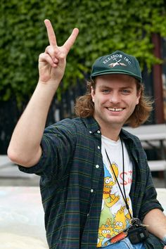 mac demarco is the gap-toothed poster boy of slacker rock | by adrian mesko