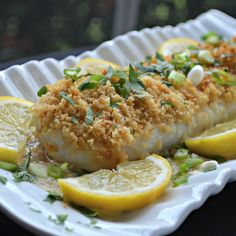 Perfect Ten Baked Cod: Cod is coated with lemon juice, cracker crumbs, and wine before baking for just 20 minutes for a quick and easy weeknight dinner. Pastas Recipes, Fish Recipes, Seafood Recipes, Cooking Recipes, Dinner Recipes, Juice Recipes, What's Cooking, Dinner Menu, Cooking Ideas