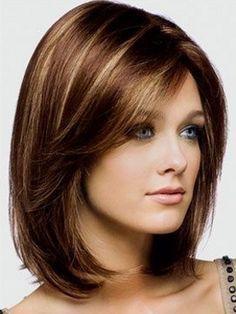 Красивая стрижка на средние волосы с колорированием