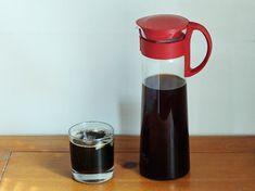 Our demo of the Hario Mizudashi Cold Brew Coffee Pot