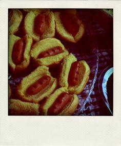 Mini hotdogs for fourth of July picnic