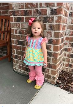 Top only Cute Girl Outfits, Little Girl Outfits, Little Girl Fashion, Toddler Fashion, Little Girls, Kids Fashion, Toddler Girl Dresses, Toddler Outfits, Kids Outfits
