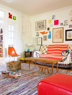 Orginal Post: the boo and the boy: Family rooms, Pinned by www.funkyfabrix.com.au  I adore this room!