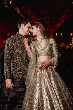 Boisterous Ludhiana Wedding of a Decorator Bride in Jaw-Dropping Looks ShaadiSaga Indian Bridal Outfits, Indian Bridal Fashion, Pakistani Bridal Dresses, Indian Bridal Wear, Indian Designer Outfits, Pakistani Suits, Engagement Dress For Bride, Couple Wedding Dress, Indian Wedding Couple
