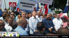 Luis Miguel De Camps y Ricardo Polaco en Santiago, junto a dirigentes del Bloque opositor.