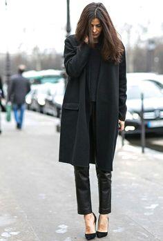 Le total look noir ne peut pas décevoir