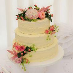 Wedding Photo Gallery | Eden Flower School & Wedding Flowers Wedding Photo Gallery, Wedding Photos, Wedding Ideas, English Country Gardens, Spring Wedding, Flower Designs, Wedding Flowers, School, Marriage Pictures