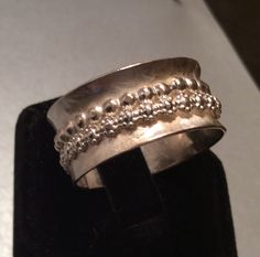 Sterling silver spinner ring by Caribbeanmemories on Etsy https://www.etsy.com/listing/257698135/sterling-silver-spinner-ring