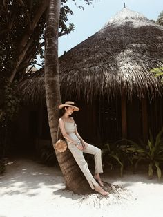 Summer vacation is very nearly here and thanks to Jimmy Choo, we had a bit of a head start. Korean Girl Fashion, Blackpink Fashion, Ulzzang Fashion, Fashion Lookbook, Beach Photography Poses, Beach Poses, Girl Beach Pictures, Travel Ootd, Best Summer Dresses
