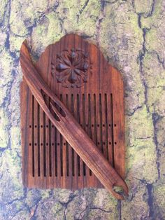 7b. Zebrawood tape loom, rigid heddle with carved rosette and sami shuttle - pinned by pin4etsy.com