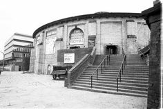 The Roundhouse building circa 1974 when showing the 'Feast of Fools' Camden London, North London, Old Train Station, Round House, Past, The Incredibles, Tours, History, Architecture