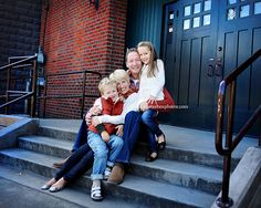 Urban time!   Seattle Family Pictures   Shutterbox Photography Blog Love this family portrait.  Reminds me of Portsmouth!!
