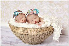 newborn twin girls photography - Google Search