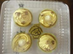 Cupcakes Grande Platano $8.330 Muffin, Cupcakes, Breakfast, Easy, Desserts, Food, Morning Coffee, Tailgate Desserts, Deserts