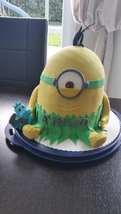 Jungle Minion Minion Party, Minions, Cake, Desserts, Party Ideas, Food, Pie Cake, Meal, Cakes