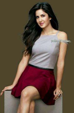 Mex in girl Bollywood Actress Hot, Beautiful Bollywood Actress, Bollywood Celebrities, Beautiful Indian Actress, Bollywood Fashion, Bollywood Oops, Hindi Actress, Indian Bollywood, Katrina Kaif Body