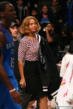 6Beyoncé and Jay Z  attend the Oklahoma City Thunder Vs Brooklyn Nets Game - 3 November 2014