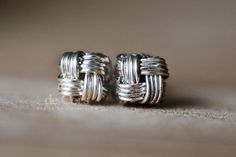 diy wire jewelry tutorials | DIY Wire Jewelry Tutorial – ZHU.Studs Earrings, Wired Chinese Knot ...