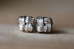 diy wire jewelry tutorials | DIY Wire Jewelry Tutorial – ZHU.Studs Earrings, Wired Chinese Knot ...