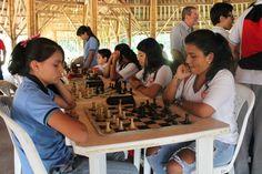 Los campeones en ajedrez de los Juegos Intercolegiados Supérate