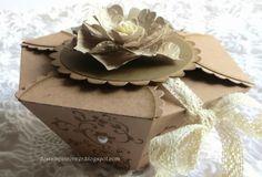 De Stampin' Corner: Petal Cone Gift Box