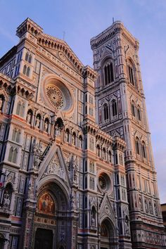 """""""santa maria del fiore - gothic cathedral in florence - on piazza duomo (baptistery and giotto's campanila are also part of the cathedral complex) - the famous dome was constructed by filippo brunelleschi - beautiful pink and green marble panels"""" City Aesthetic, Travel Aesthetic, Beautiful Architecture, Art And Architecture, Architecture Wallpaper, Belle Villa, Florence Italy, Adventure Is Out There, Kirchen"""