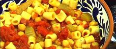 Chickpea and Pasta Soup - Ciao Italia - Zuppa di Ceci e Pasta alla Mamma Sunday Recipes, Summer Recipes, Fall Recipes, Soup Recipes, Great Recipes, Cooking Recipes, Favorite Recipes, Chickpea Soup, Pasta Soup