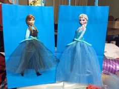 Frozen Disney Princesses Elsa and Anna favor bags <3