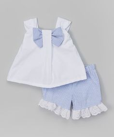 Look at this Caught Ya Lookin' White & Blue Bow Top & Shorts - Infant & Toddler . Baby Boy Dress, Baby Girl Dresses, Toddler Girl Outfits, Kids Outfits, Short Niña, Baby Fashionista, Frocks For Girls, Frock Design, Bow Tops
