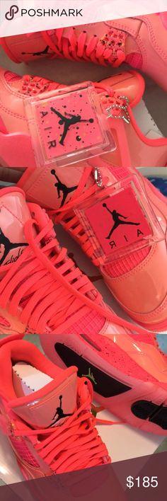 a7285ed2eb2b14 Air Jordan 4 Retro Women s Air Jordan Retro 4 Brand new with box
