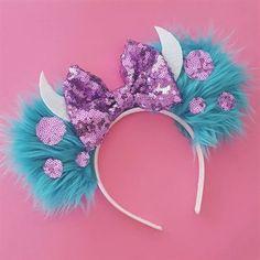 Handmade Sulley Mouse Ears #diy #mickeyears #disney #minnieears #disneyears #craft #disneycraft #DIYProjects Disney Diy, Diy Disney Ears, Disney Crafts, Diy Mickey Mouse Ears, Disney Trips, Ear Headbands, Mouse Ears Headband, Disney Headbands, Disney Inspired