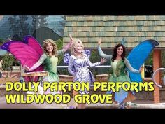 Dollywood has officially opened its new Wildwood Grove area to guests - and its now the largest expansion in the park's history! Cool Themes, Dolly Parton, Amusement Parks, Print Magazine, History, Fun, Dolly Patron, Historia, Hilarious