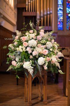 Wonderful wedding flowers: http://www.stylemepretty.com/little-black-book-blog/2015/02/17/elegant-summer-st-louis-wedding/ | Photography: Jon Koch - http://www.kochphotography.net/