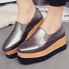 Buy SouthBay Shoes Patent Platform Loafers at YesStyle.com! Quality products at remarkable prices. FREE WORLDWIDE SHIPPING on orders over US$35.