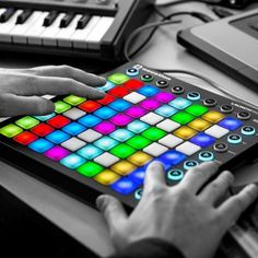Novation Launchpad MK2 MIDI studio controller kopen? | Goedkope | Promo | MIDI Studio Controllers