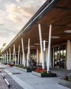 Uptown Plaza – Nelsen Partners Architects Retail Architecture, Canopy Architecture, Supermarket Design, Steel Canopy, Dbt, Building Exterior, Red Bricks, Store Fronts, Highlands