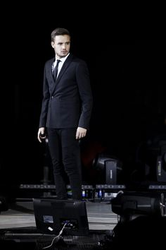 payneobsessed:   Liam - X Factor Italy - 12/12/13 x