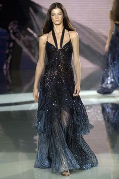 Versace Spring 2006 Ready-to-Wear Fashion Show - Hana Soukupova, Anja Rubik, Elena Baguci