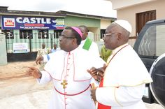 R - His Eminence, Dr. Sunday Ola Makinde Prelate, Methodist Church Nigeria with Most Revd M. Kehinde Stephen, Archbishop of Ibadan