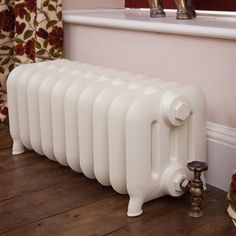 Bespoke and modern classic cast iron radiator with 4 columns. All our column radiators come with a LIFETIME GUARANTEE. Call FREEPHONE 0808 178 5533 to discuss your radiator order. Contemporary Radiators, Traditional Radiators, Victorian Radiators, Painted Radiator, Column Radiators, Cast Iron Radiators, Steel Columns, House Inside, Vintage Interiors