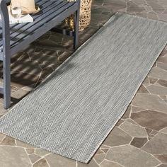 Safavieh Indoor / Outdoor Courtyard Chevron Grey / Navy Runner Rug (2u0027 3 X
