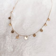 Gold Filled 11 Tiny Discs Dainty Necklace - List of the best jewelry Danty Necklace, Gold Necklace Simple, Gold Bar Necklace, Danty Jewelry, Gold Filled Jewelry, Rose Gold Jewelry, Collier En Barre D'or, Collier Simple, Bijoux Or Rose
