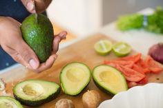 Easy Guacamole Recipe. Get the full recipe on endlesslyelated.com