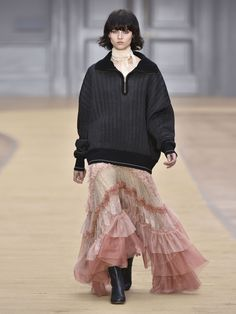 a33e8822edf1 Find out about the latest Chloé Fall Winter Collection creatively directed  by Claire Waight Keller.